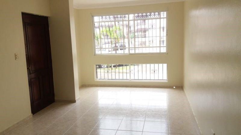 Apartamento en alquiler ubicado en la Yapur Dumit | Bienes Raices Republica Dominicana